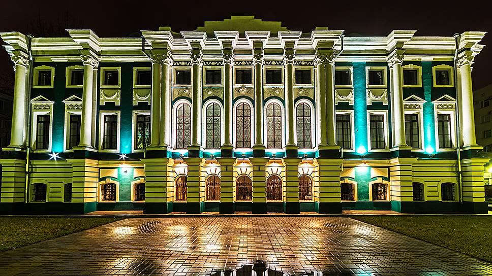 Афиша на сентябрь театры воронеж кино сальск афиша
